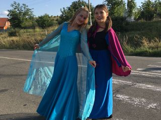 Show tematic de 60 min cu prințesele Elsa și Ana!