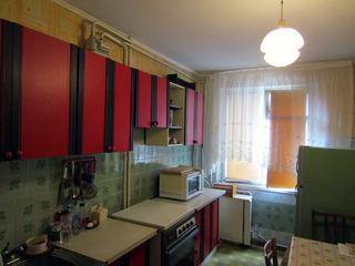 Apartament cu 3 odai in centru orasului la superpret la 22 000 €