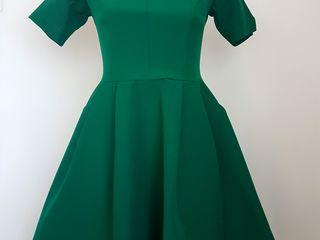 Красивые платья s,m