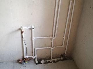 Квартира с незавершонным ремонтом возможна пристройка