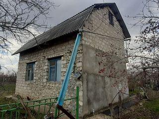 casa de vacanta /  дача в дачном кооперативе