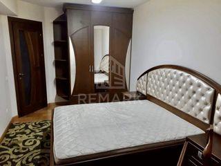 Chirie  apartament cu 2 odăi, Centru ,  str. Valea Trandafirilor , 390 €
