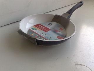 сковородки с керамическим покрытием Германия на все сковородки скидка 15%