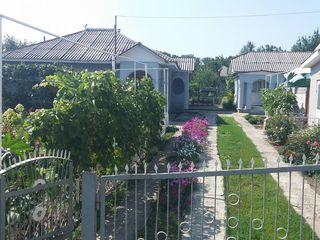 Продается дом 84 кв.м. с автономным отоплением в с.Рэуцел. Газифицирован, водопровод канализация ест