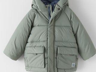 Новпя куртка Zara