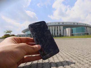 Samsung Galaxy S 7 (G930) Ecranul stricat? Vino, rezolvăm îndată!