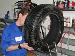 Качественный ремонт сложных порезов и шишек шин ,прокола бескамерной шины.