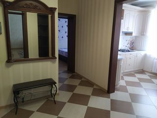 Сдам в аренду 2 комнатную квартиру 66 КВ.м