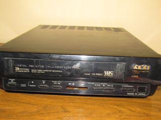 AKAI VS-R9EM Video cassette Player