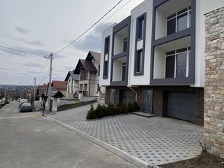 Duplex#zona rezidentiala#500 metri de la st, miorita, 180 m2, 850€/m2, a ramas doar unu