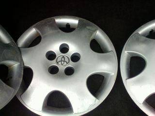 Calpace Toyota  originale r 15 5 gauri 3 bucati
