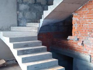 Scari din beton! Бетонные лестницы!