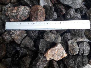 Granit  fr.40-70 , pentru garduri gabioane , pentru decorare . Piatra de granit cu livrare.