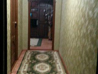 Продаётся трехкомнатная квартира в центре города Единец ул.Индепенденций 79