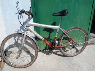 Велосипед в хорошем состоянии.