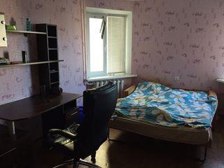 Сдам 2-ух комнатную квартиру