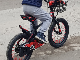 S-a furat o bicicleta de la botanica pe data de 29.09.19 ,va rog daca vedeti sa ma anuntati