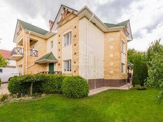 Vanzare, Casa, 260 mp, Dumbrava, 320000 €