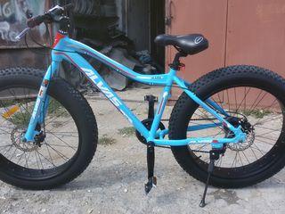 Bicicleta in stare noua