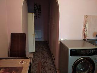 Vindem apartament