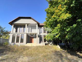 Vânzare casă, 350 mp, 5 ari, Râșcani, 200000 € !