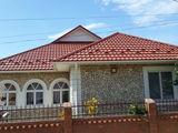 Tigla metalică + Montarea acoperișului rapid si calitativ la un preț accesibil