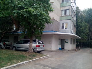 Riscani. Arenda Oficiu 162.1 m.p. Parter. Prima Linie.