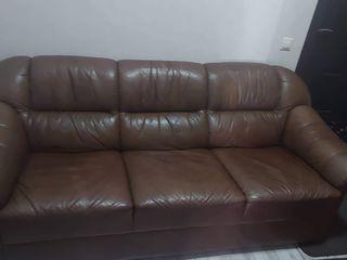 Vand set canapea cu 1 fotoliu din piele naturala