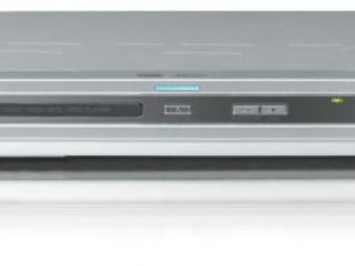 Продам видеоплеер (Б/У) / Vinde video player.
