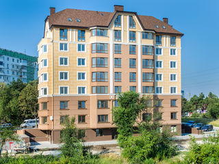 Элитный  дом из красного кирпича,сдан в эксплуатацию, 130 м2, 740 евро м2