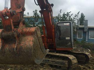 Prestam servicii de excavare, efectuam lucrari de terasament, evacuam deseuri de constructie ,pamint