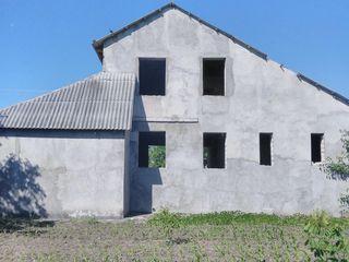 Vânzare casă, 2 nivele, 112 mp, 10 ari, Criuleni, Porumbeni!!!