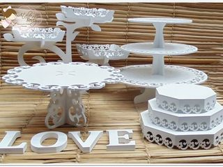 Suporturi pentru tort si alte decoratiuni din lemn