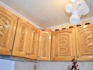 Vând apartament cu 3 camere parțial mobilat / Продам квартиру с 3 комнатами,  ул. Н. Йорга