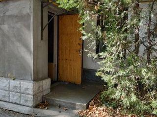 Квартира на земле - 86 кв. м. центр г. бендеры, возможно приобретение в ипотеку