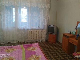 Se vinde apartament cu 2 odaiin causeni   urgent