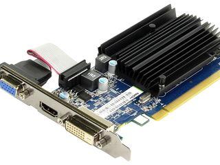 Продам видеокарту Sapphire Radeon R5 230 1Гб DDR3 (новая)