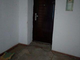 Drochia apartament 3 odai! la doar 15000 euro. urgent