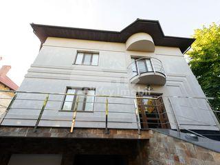 Casă de lux cu 4 nivele, 450 mp, Râșcani, 2000 € !