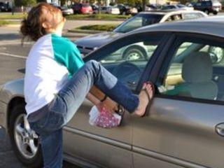 Открыть машину. Авто ключ.