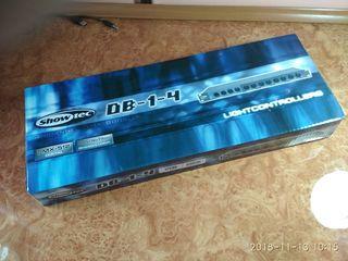 Show Tec DMX 512 digital.
