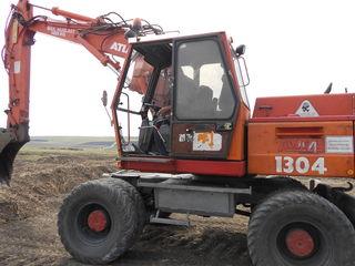 Servicii excavator, autobasculante, buldezer, compactor, greider