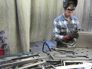 Сниму помещение 10-20 кв.м. под небольшое производство изделий из металла