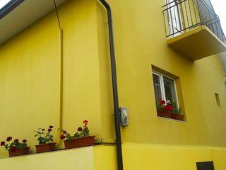 Vindem casă foarte bună, ecologică, economă, confortabilă, complet mobilată.