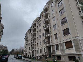 Apartament cu 3 camere + living. Suprafata 143m.p Telecentru str.Ciocirliei 17.