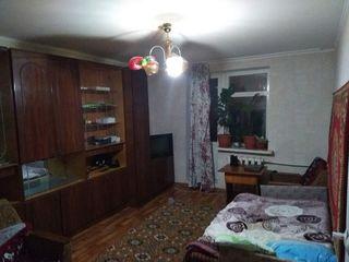 Se vinde urgent !!! apartament cu 2 camere la doar 5 min de Chisinau. 23 500 euro