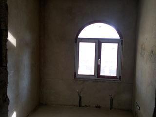 Продаётся 8-ком.дом,серый вариант-58000 евро