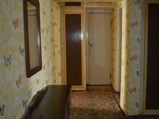 3-х комнатная квартира  5 Этаж середина ( теплая )