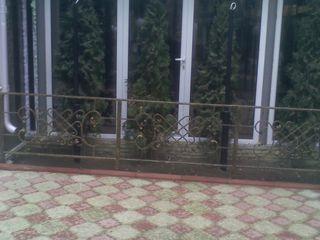 Решетки       перила. ворота.заборы навесы. козырьки лестницы любые изделия