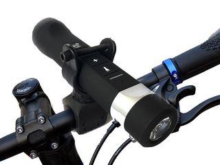 Мощный Bluetooth фонарь c динамиком - отличный и оригинальный подарок!
